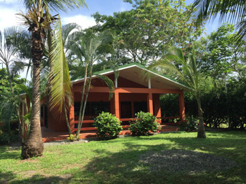 Nature Enthusiast's Home in Playa Hermosa